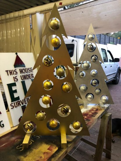 Flat Tree Gold with Baubles